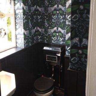A small but complicated wallpaper job completed! #wallpaper #bathroom #interior #