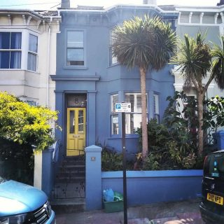 A lovely exterior with a Sunny welcome... #Brightondecorator